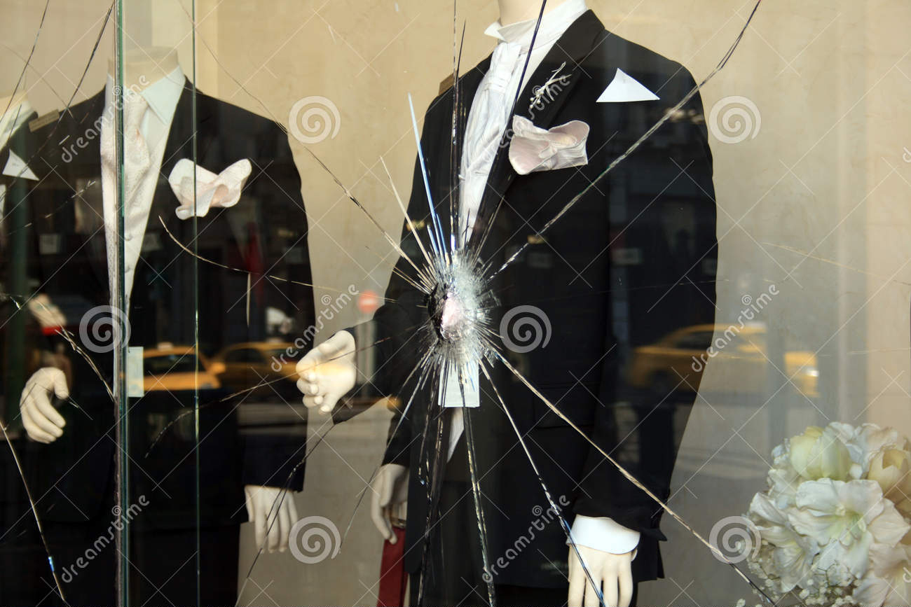 broken-shop-window-7854264.jpg